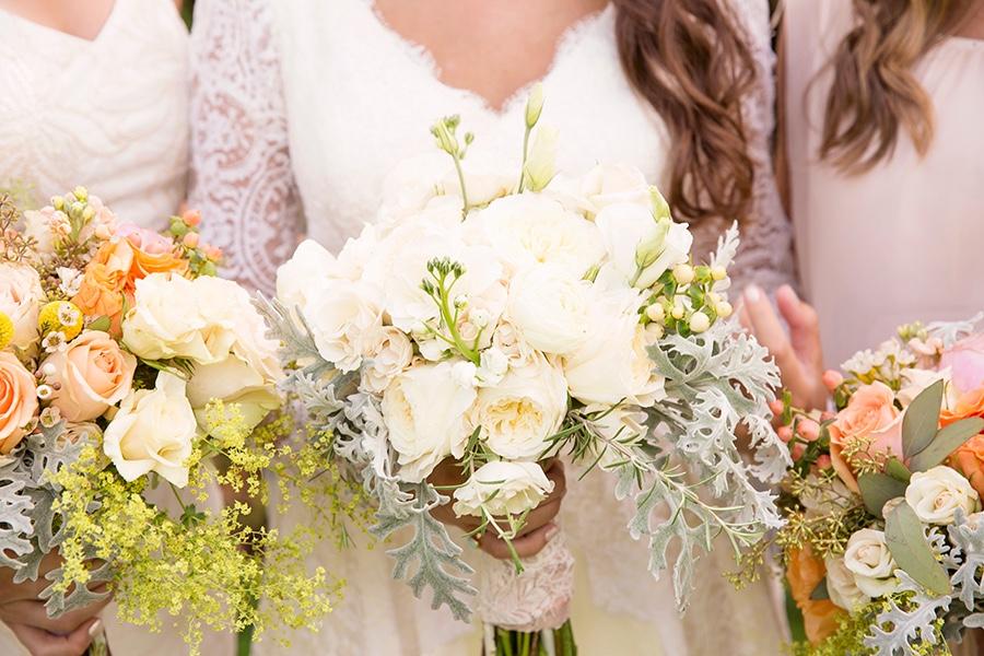 rebecca piersol traditional wedding flower details